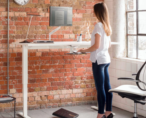 humanscale sit stand desk